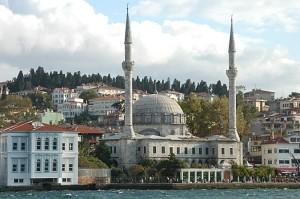 Istambul mosquée sur le Bosphore @A.Cassim