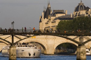 Paris et ses rives © Davide Fienile TIPS R / age fotostock