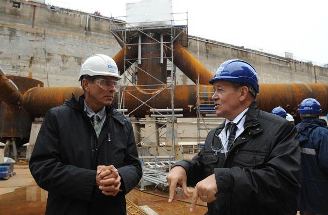 Christian-Laurent-directeur DCNS Brest  - Jean Yves Le Drian pdt région bretagne