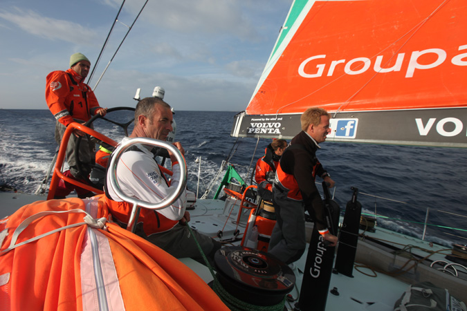 Groupama 4 dans la course course qualificative © Ian Roman / Volvo Ocean Race