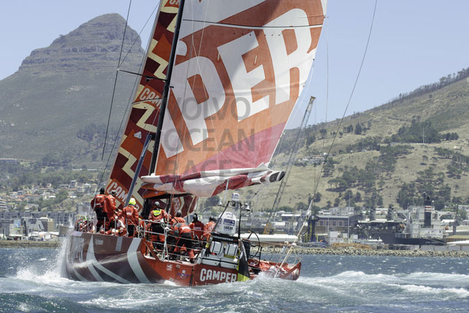 CAMPER- (Credit Photo :Marc Bow/Volvo Ocean Race)