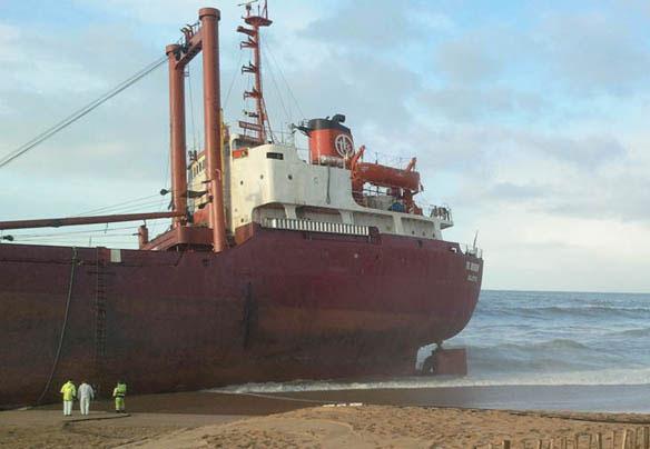 Cargo maltais échoué (@David Frotté site France 3 Bretagne