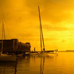 Coucher de soleil sur la Base sous-marine de Lorient